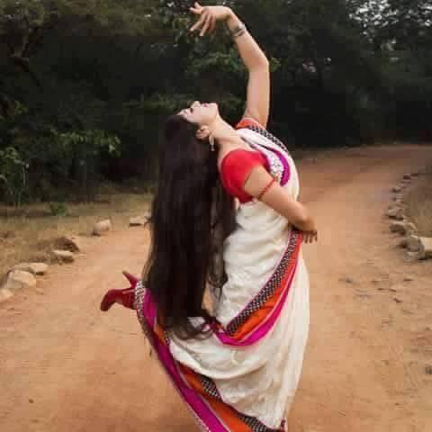 செந்தாமரை மலரென