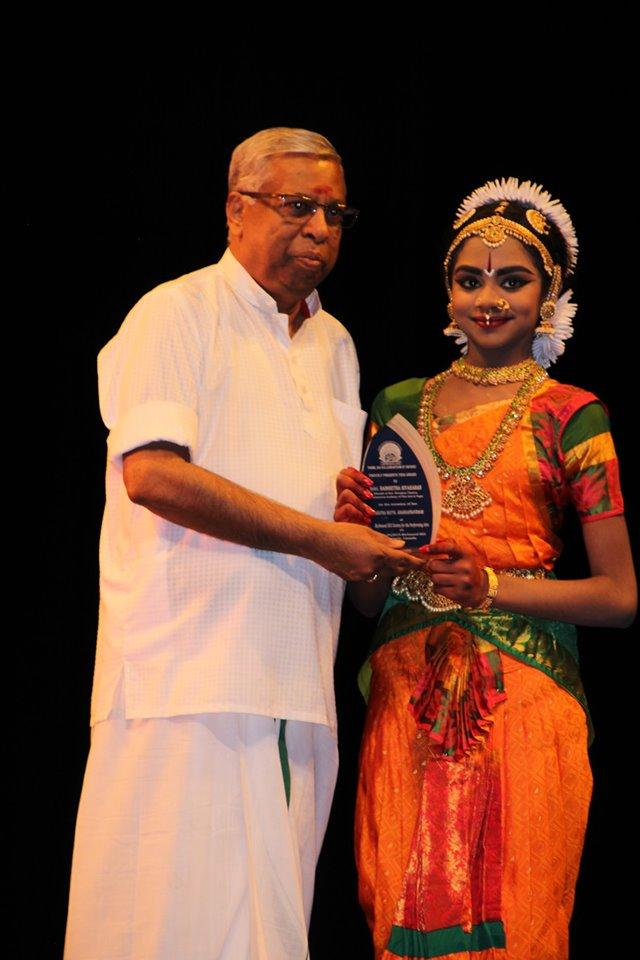 செல்வி ஹர்சிதா சிவகரன் அவர்களின் பரதநாட்டிய அரங்கேற்றம் சிறப்பாக  நடந்தேறியது