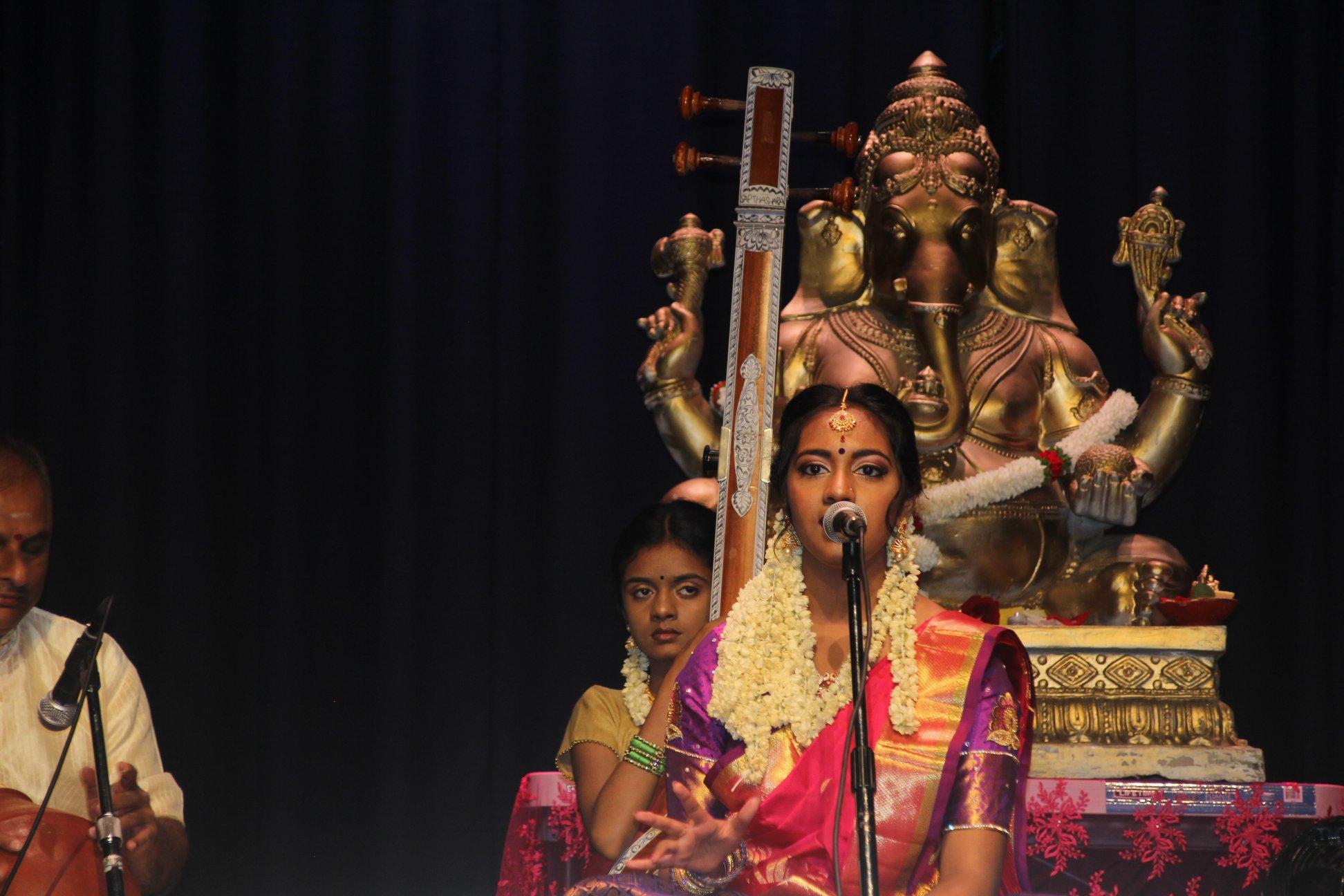 ஸ்காபுடறோ நகரில் நடைபெற்ற செல்வி றெசீக்கா, செல்வன் றீகன் இரட்டை அரங்கேற்றம்