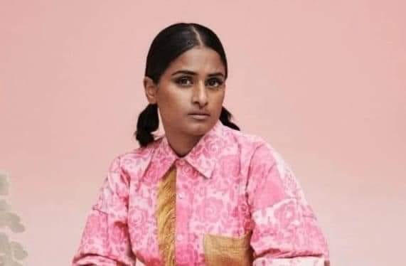 சுவிஸ் தமிழ் பெண்ணின் பிரியா ரகு உலக அளவில் பிரபலமாக ஒலிக்கும்  'பொப்' குரல்