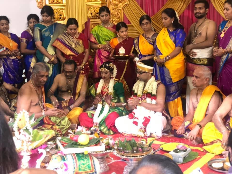 மிருதங்கக்கலைஞர் சங்கா்ஷன் சா்மா வா்ஷினி தம்பதிகளுக்கு 27.08.2021 இன்று திருமண பந்தத்தில் இணைந்துள்ளனர்